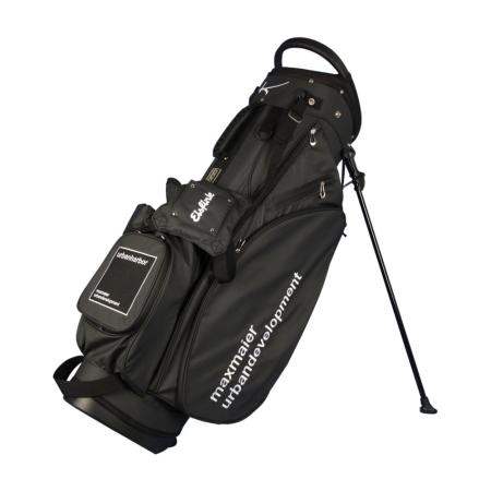 Sacca da golf da spalla personalizzata modello WATERVILLE in nero. Disegnare in linea 3 zone ricamate.