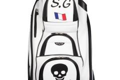 Golfbag mit freundlichem Totenkopf
