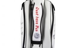 Golfbag / Cartbag in weiss. Lachender Golfball