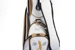 Individuells Golfbag aus echtem Leder: Driving golfer